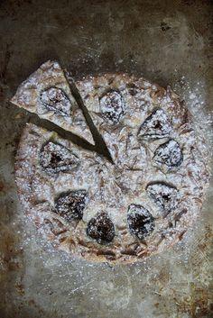 Fig Almond Cake (gluten free and vegan)
