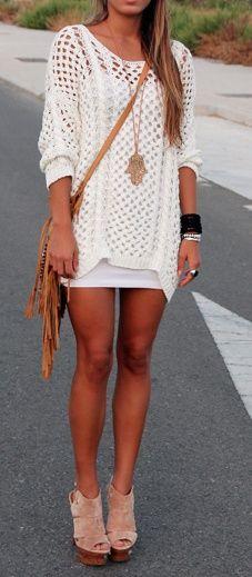 white on white - w tan bag