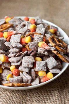 cup, puppy chow, chocolate chips, candi, vanilla extract, candy corn, chex mix, muddi buddi, peanut butter