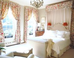 The Power of One: 9 Chic Single Pattern Rooms// Alessandra Branca, Canopy, traditional bedroom design