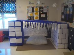 Winter Dramatic Play station. Use separate boxes so other structures can be made. Ice Cave