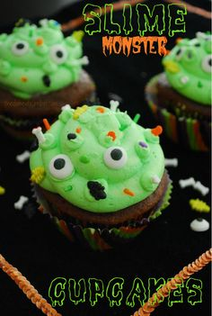 Slime Monster Cupcakes from @The Domestic Rebel. Easy and fun to decorate with kids just for fun or for Halloween!