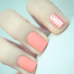 Accent nails are a must this summer