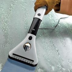 windshield deicer, electr windshield, gadget, car ice, watch ice, outlets, ice melt, car outlet, ice scraper