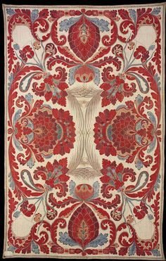 Quilt. Coromandel Coast, India. 1700-1750. Cotton, mordant-dyed and resist-dyed; wadded with cotton and quilted; lined with plain white cotton. © Victoria and Albert Museum, London