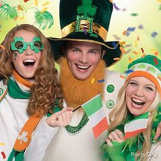 Show your Irish spirit and accessorize with hats, beards, glasses, mustaches, boas, necklaces and more!