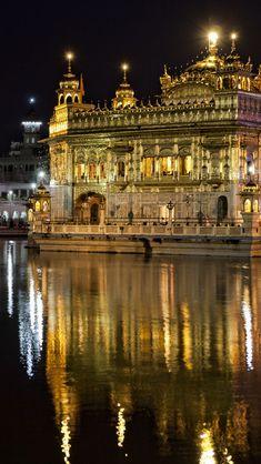 "Harmandir Sahib, the Sikh ""Golden Temple"" in Amritsar, Punjab, India"