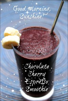 Chocolate Cherry Espresso Smoothie using Chocolate Almond Breeze almond milk and frozen cherries! #recipe #healthy #almondbreeze #almondmilk #smoothie #drink