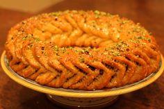 Buccellato, Italian fig cake. SO GOOD.
