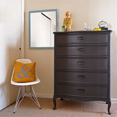 10 inspiring before and after furniture photos. (via Design Sponge)