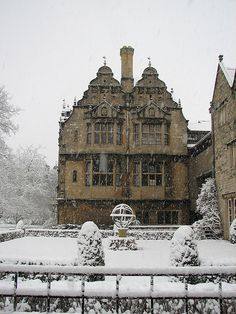 Snowy Day, Trinity College, Oxford, England