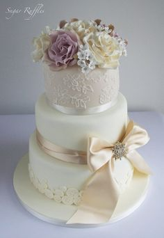 Champagne Lace Wedding Cake - by SugarRuffles @ CakesDecor.com - cake decorating website