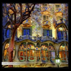 Casa Batillo by Antoni Gaudi, Barcelona