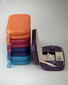 I love these jewelry cases - so great for traveling!  GREAT gift!