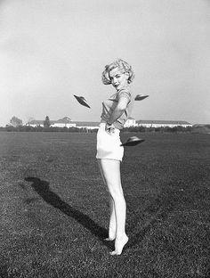 Miss UFO, 1950s