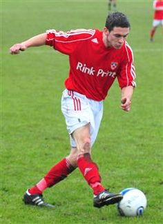 ROB Spencer says he had no doubt about signing up for another year with Gresley, but is hoping for a happier campaign than the last one.