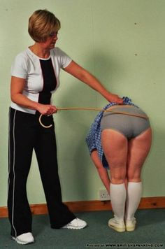 Spanking: Everything you need to know ( the answers to the questions you were too afraid to ask)