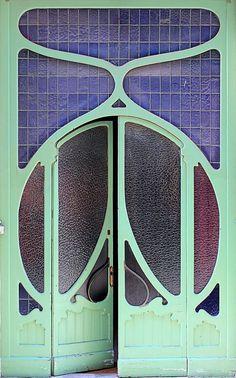 Barcelona - art nouveau door | JV