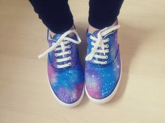 diy - galaxy print shoes | THE SECRET AVENUE
