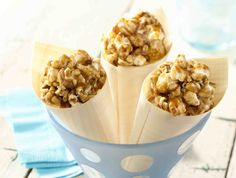 BUTTERY MAPLE BACON POPCORN BITES from JOLLY TIME Pop Corn #popcorn #bacon www.jollytime.com