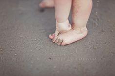 toe, sand, beach babies, babi babi, photography blogs, at the beach, feet photographi, kid, morri photographi