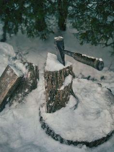 torontofoodphotographer: #axe wood and snow
