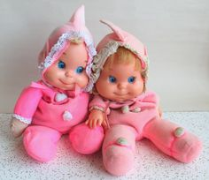 My sister and I had Baby beans dolls.  Why don't they still make these?  My niece would love them!