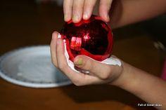 Full of Great Ideas: Five fingers/ Handprint snowman ornament