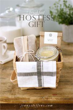 Breakfast Hostess Gift | Banana Bread and Honey Butter gift baskets, coffee beans, gift ideas, honey butter, welcome gift, banana bread, diy gifts, hostess gifts, welcome baskets