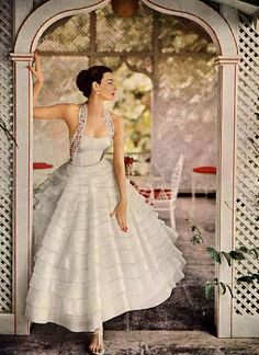 1953 #partydress #romantic #feminine #fashion #vintage #designer #classic #dress #highendvintage