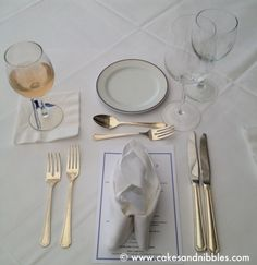 Caf almo o lanche jantar on pinterest 48 pins Simple table setting for lunch