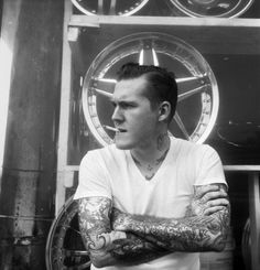 Brian Fallon - The Gaslight Anthem. Never thought I'd come across this on pinterest!!!