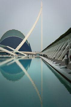 Parque oceanográfico + l'umbracle by Rodrigo Gambassi, via Flickr
