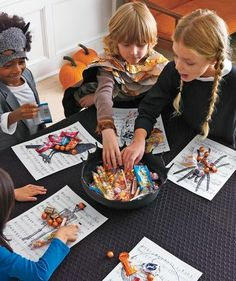 candi coop, kid halloween, party ideas kids, halloween parties, halloween game