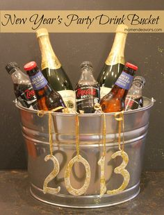New Year's party drink bucket via momendeavors.com