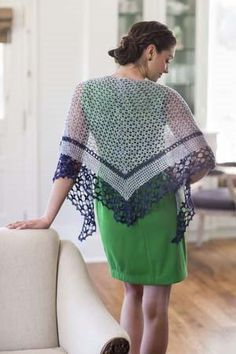I love the lattice crochet lace in this crochet shawl. It Girl Crochet: Shawl