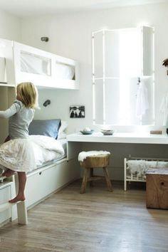 Built-in Bunk Beds in a Palm Beach Cottage | Remodelista