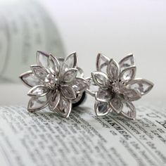 Flower Plugs Size 4g 2g 0g 00g and Up Vintage Inspired Clear w Rhinestone Gauges Size 4 2 0 00 or Pierced Wedding Bridal Prom Wear on Etsy, $22.00