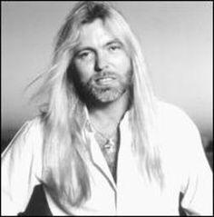 "Greg Allman - (70/100)  Born December 8th, 1947  Key Tracks ""Midnight Rider,"" ""Whipping Post""  Influenced Ronnie Van Zant, Warren Haynes, Darius Rucker    Read more: http://www.rollingstone.com/music/lists/100-greatest-singers-of-all-time-19691231/gregg-allman-20101202#ixzz2W5ObZ2M3  Follow us: @Rolling Stone on Twitter | RollingStone on Facebook"