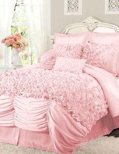 Pink Ruffled Comforter Set ♥ L.O.V.E.