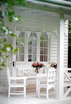 Porch RHS