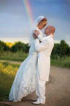 rainbow photography, wedding, bride and groom, Lisa Karr Photography, Beloit Wisconsin, Find on Facebook