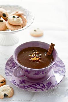Hot chocolate with coconut milk, orange and cinnamon