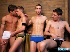 More on Best Gay Blogger  - http://www.bestgaybloggers.com/just-gay-kisses-in-underwear-4/
