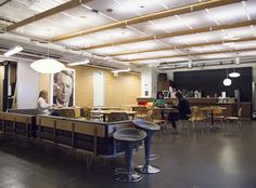 Ogilvy Chicago's spacious kitchen and dining area //
