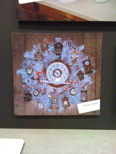 Hallmark Ornament Wreath... Clocks.