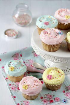 Vanilla  Marshmallow Cupcakes recipe