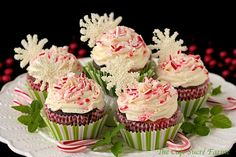The Café Sucré Farine: Chocolate Cupcakes with Peppermint-Cream Cheese Filling and Buttercream Icing - to Celebrate a Birthday & a Sweet Reunion