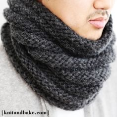 Knitting pattern for a quick, easy, striped cowl, knit in the round (no seams!), using a chunky wool yarn.
