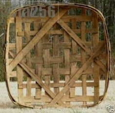 Tobacco baskets. I would love to use these as decor.